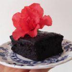 torta humeda de algarroba