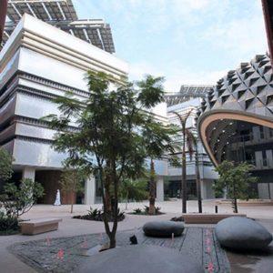 Masdar City, la ciudad del futuro creada por Foster en los Emiratos Árabes