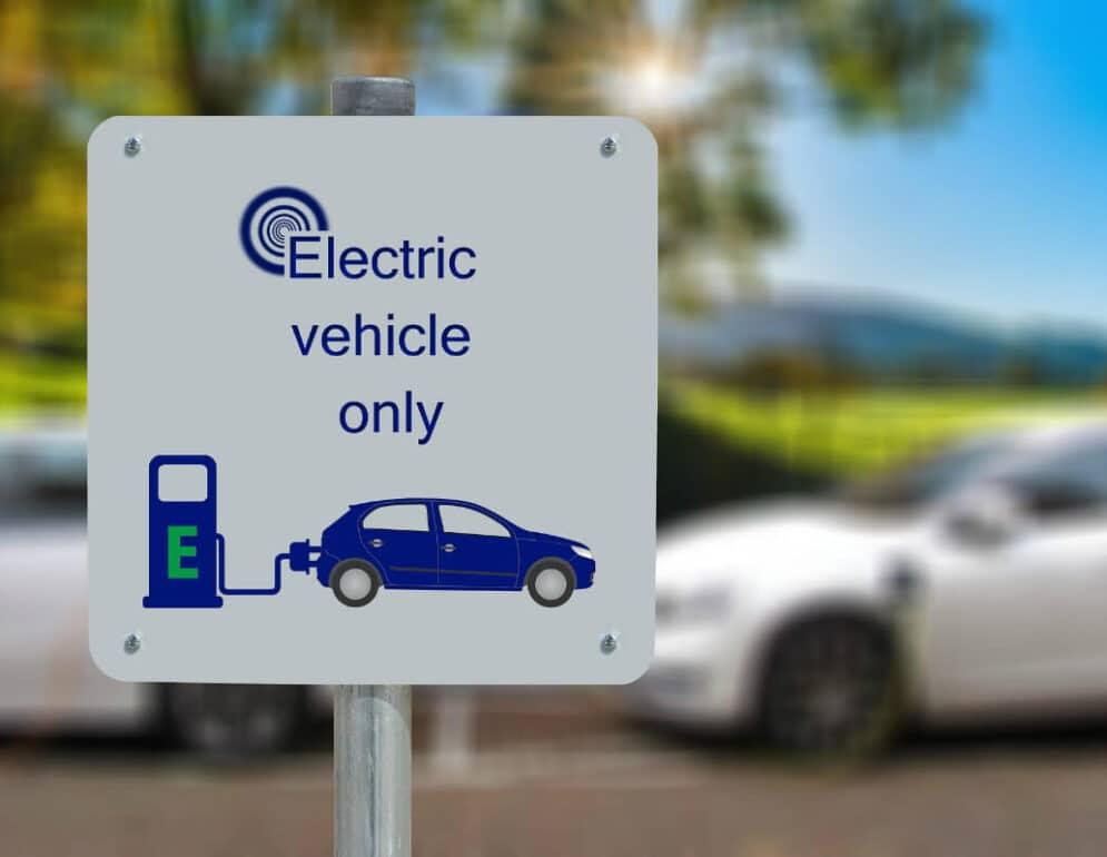 California prohibe autos a gasolina